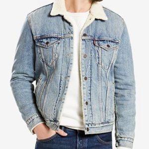 Levis Jean jacket size small